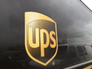 UPS skicka paket utomlands