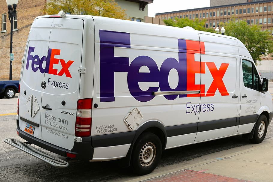 Skicka paket Fedex